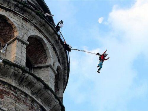 Buttarsi dalla Torre di Galata