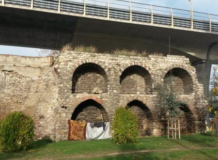 C'è chi abita nelle mura di Galata