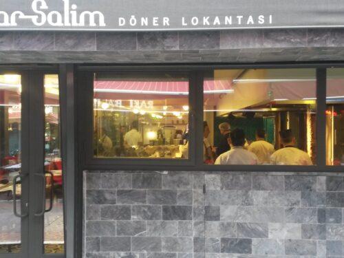 Il döner kebab di Tatar Salim a Kadıköy