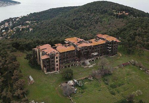 L'orfanotrofio (in pericolo) di Büyükada