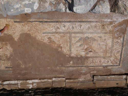 Bagni in Turchia e mosaici sconci