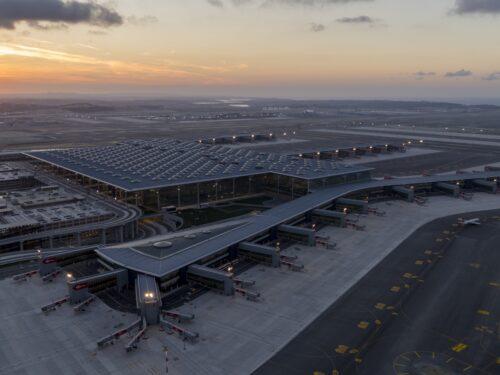 Apre il nuovo aeroporto internazionale di Istanbul