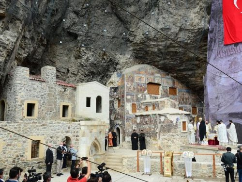 Restauri di chiese e sinagoghe in Turchia