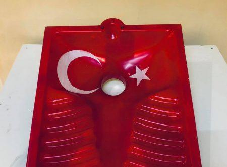 Vittorio Sgarbi e la turca autentica