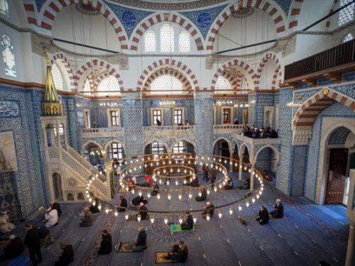 La moschea di Rüstem Paşa a Eminönü
